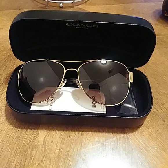 cf7aa505a916 ... authentic coach sunglasses hc 7059 37610 6cfb5 wholesale coach womens  gradient hc7059 923813 58 gold ...